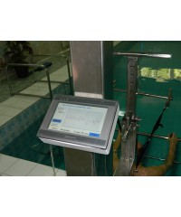 Система вертикального вытяжения позвоночника Аист в бассейне